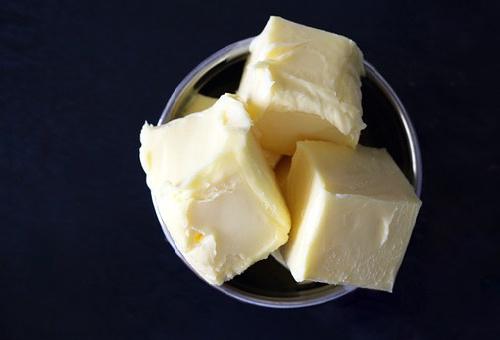 マーガリン バター 違い