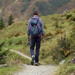 ハイキングとトレッキングの違いとは?!